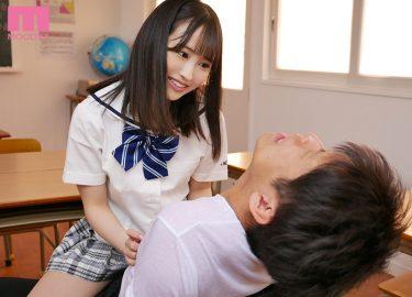 痴女小野六花の関西弁乳首責めがたまらない!制服少女に先生が責められる